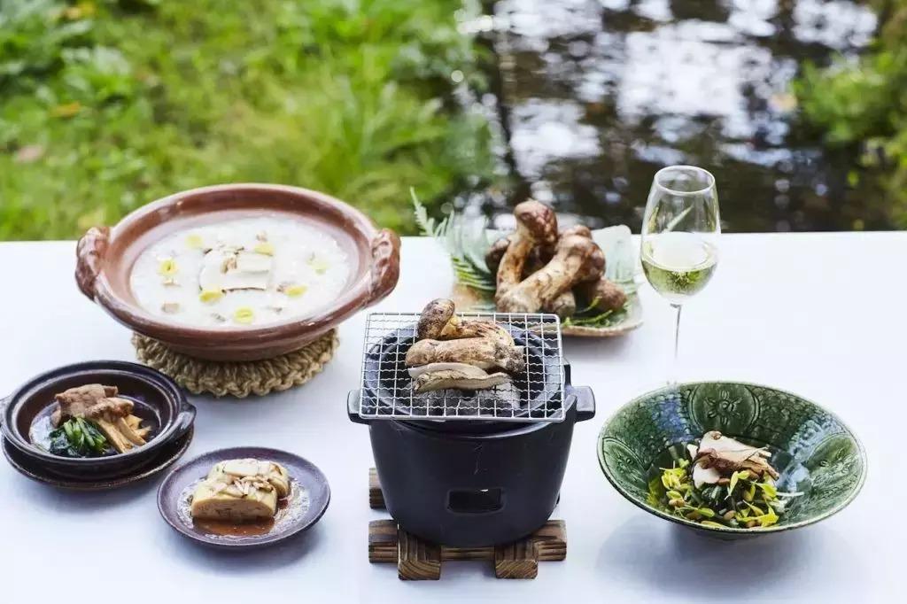 朝食プラン「松茸とシャンパーニュ朝食」
